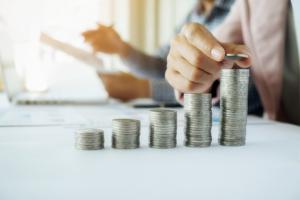 Profitable Aktien handeln lernen und Renditen erzielen