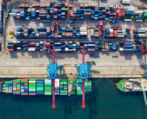 Headerbild für die Analyse der Hamburger Hafen und Logistik AG HHLA
